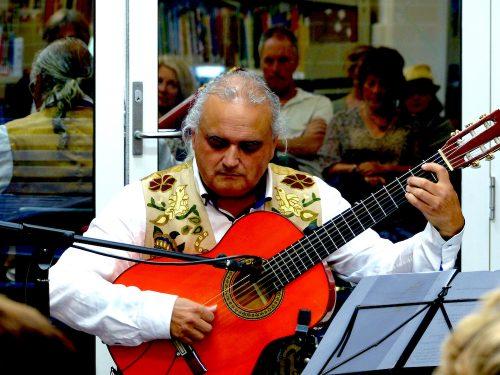 Wollongong Guitar Teacher